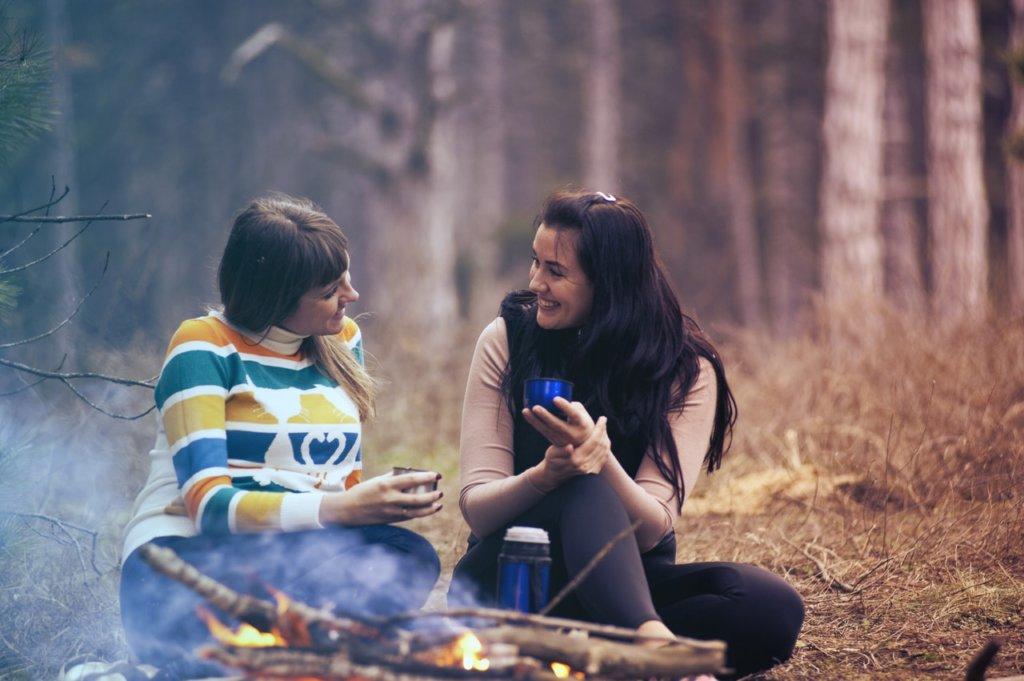 friends-talking